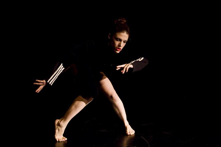 Leg acy, solo – Iris Karayan